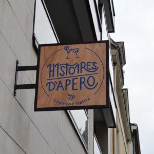 Enseigne drapeau bois Epicerie fine Nantes Histoire d'Apéro