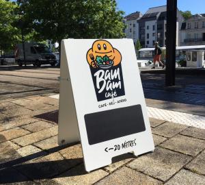 Stop trottoir bam bam cafe